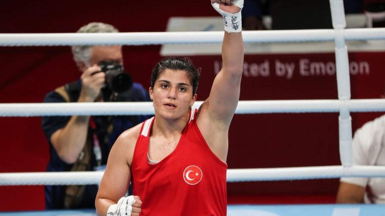 Busenaz Sürmeneli, Tokyo Olimpiyatları'nda bir ilke imza attı
