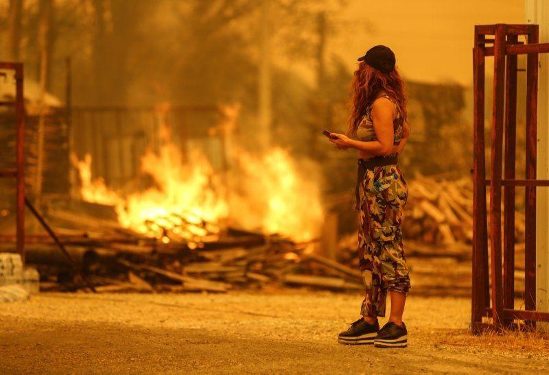 Dünya basını Türkiye'deki yangınları bu fotoğraflarla gördü - Resim: 2
