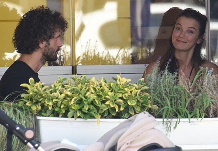 Genç aşıklar Pınar Deniz ve Yiğit Kirazcı ilk kez el ele görüntülendi - Resim: 2