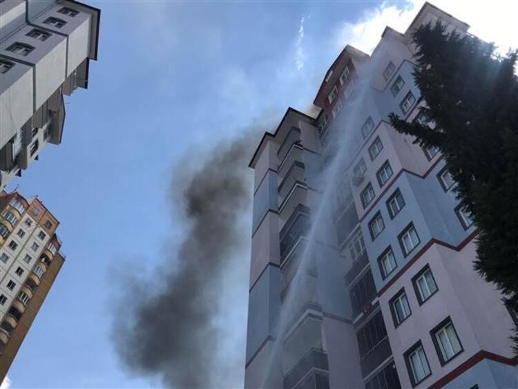 Gaziantep'te 13 katlı binada yangın çıktı - Resim: 3