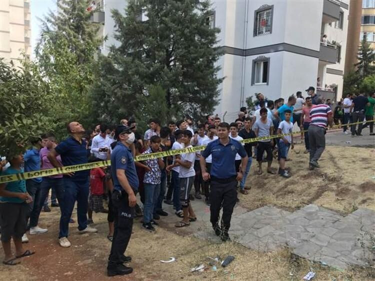 Gaziantep'te 13 katlı binada yangın çıktı - Resim: 2