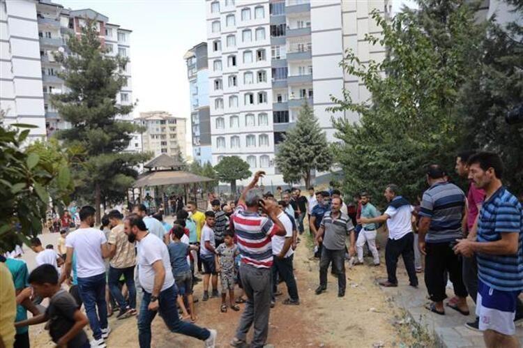 Gaziantep'te 13 katlı binada yangın çıktı - Resim: 1