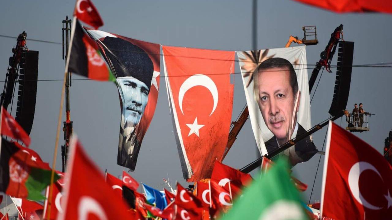 Twitter'daki Erdoğan kampanyasında Atatürk sürprizi