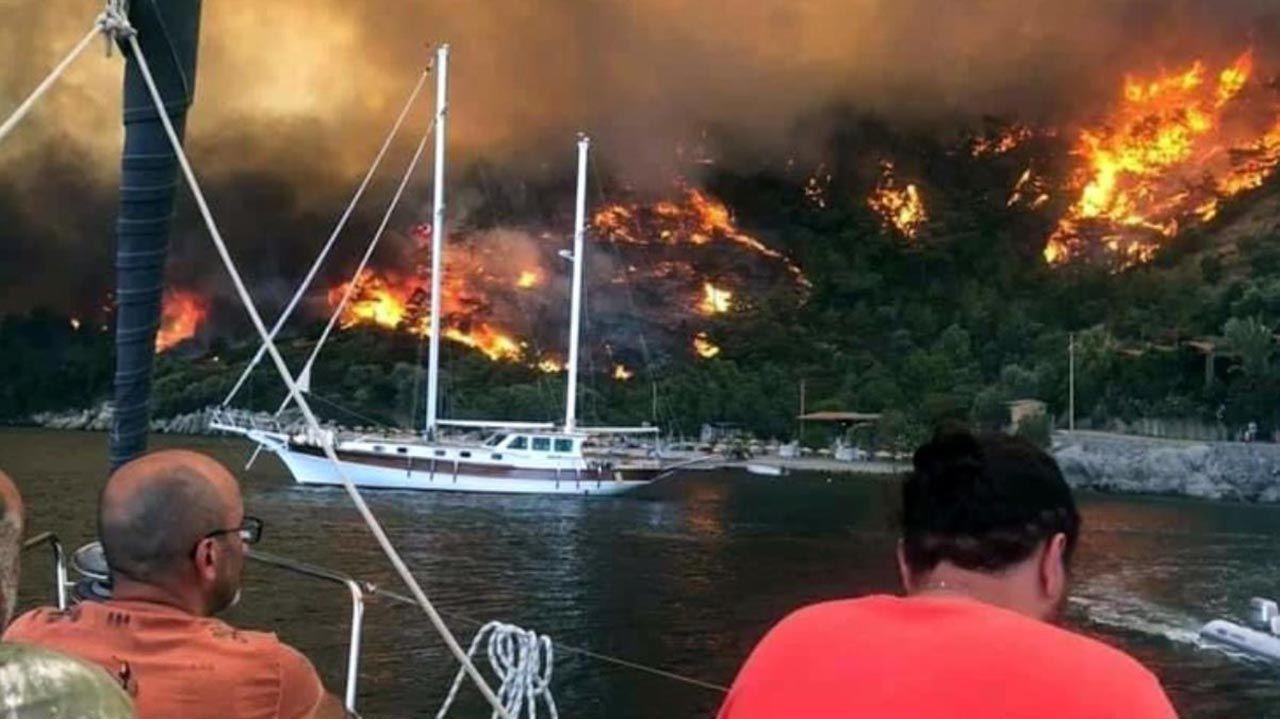 Muğla'nın cennet koyunu ''Deli Mehmet'' yaktı: Plaj ve tesisler kapatıldı - Resim: 1