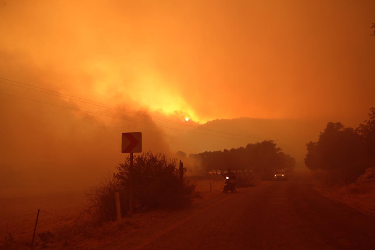 Skandal! RTÜK açık açık orman yangınları için medyaya sansür istedi!
