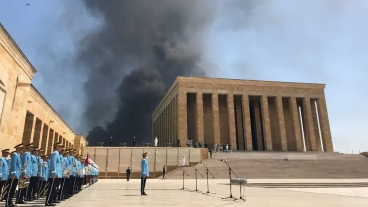 Ankara'da korkutan yangın! Dumanlar Anıtkabir'den görüldü