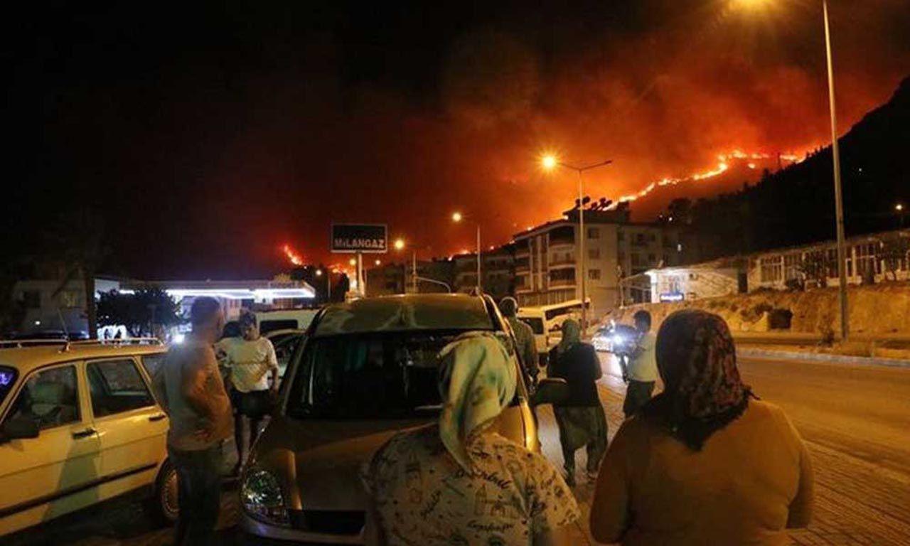 Orman yangınının çıktığı bölgelerden gelen bu fotoğraf yürek parçaladı - Resim: 3
