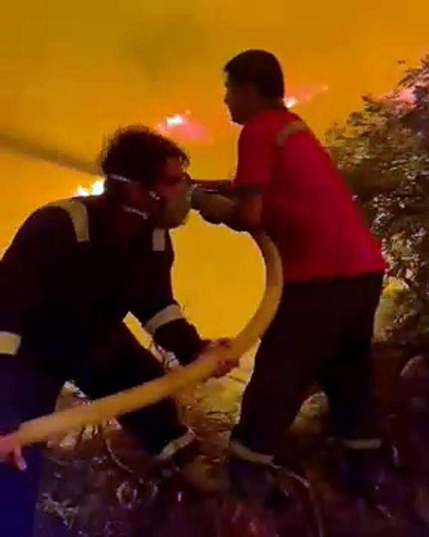 Ünlü oyuncu yangın hortumunu kapıp alevlerin içine daldı