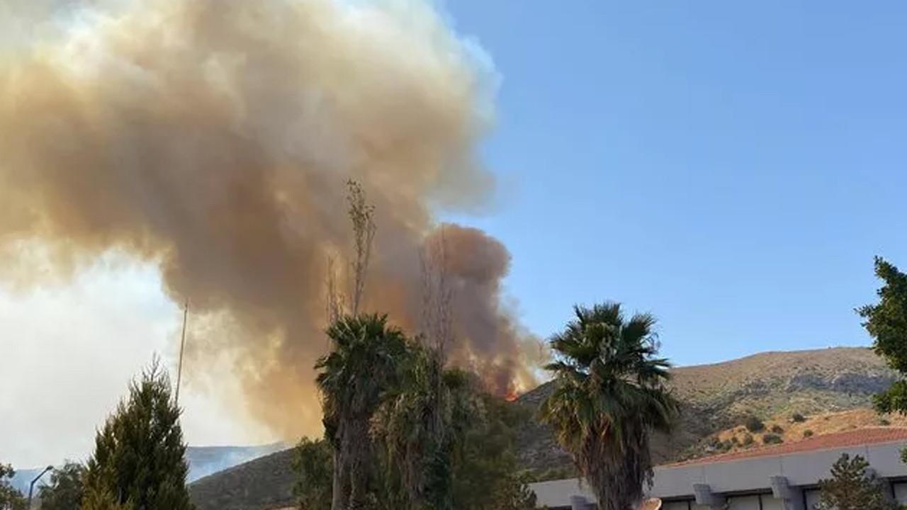 Alevlerin yaklaştığı Kemerköy Termik Santrali tahliye ediliyor