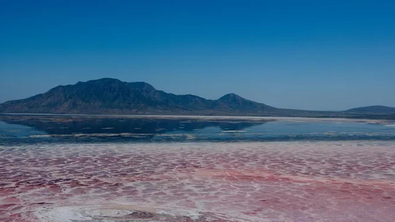 İşte yüksek pH derecesi ve sıcaklığıyla dünyanın en ölümcül gölü