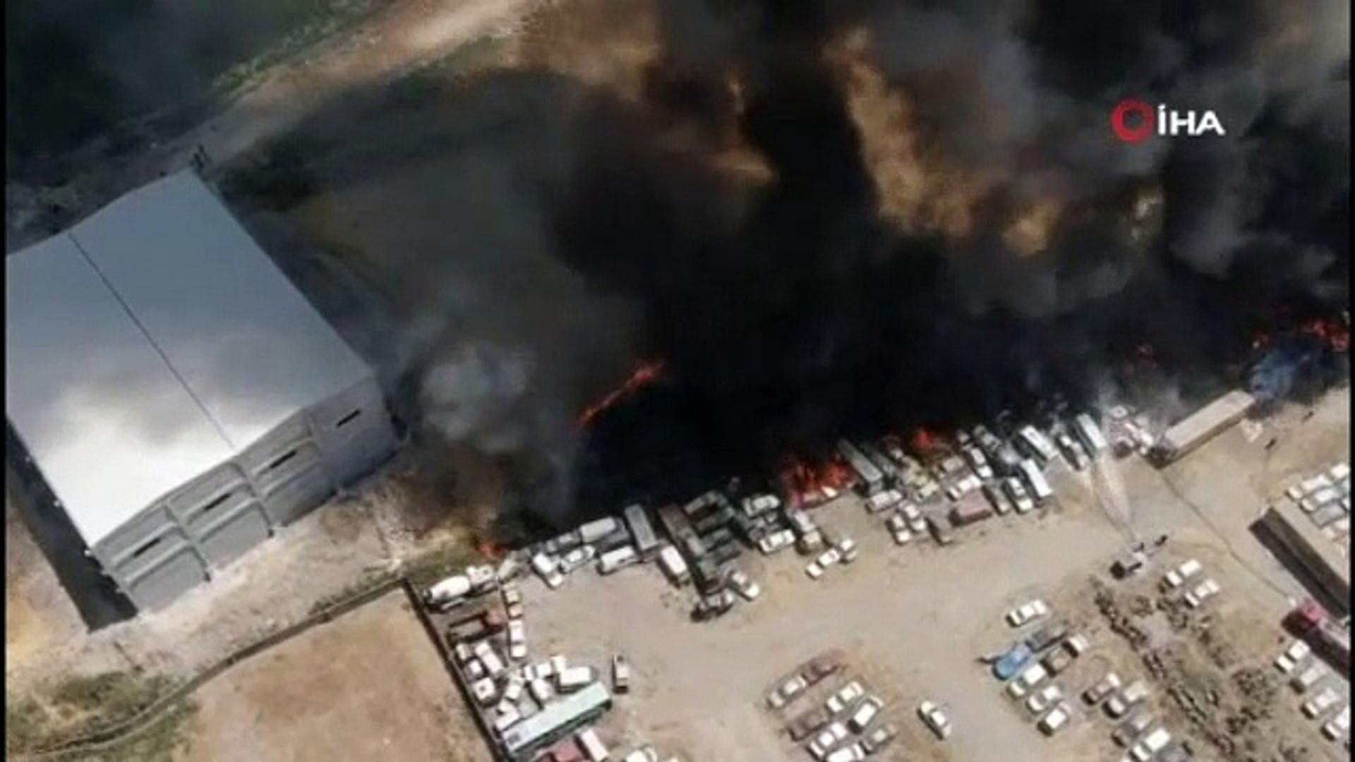 Otoparkta büyük yangın: 86 araç kül oldu