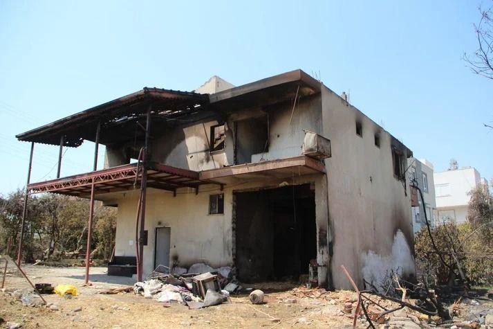 İç parçalayan görüntüler: Antalya Manavgat'ta her şeyi kül oldu - Resim: 1