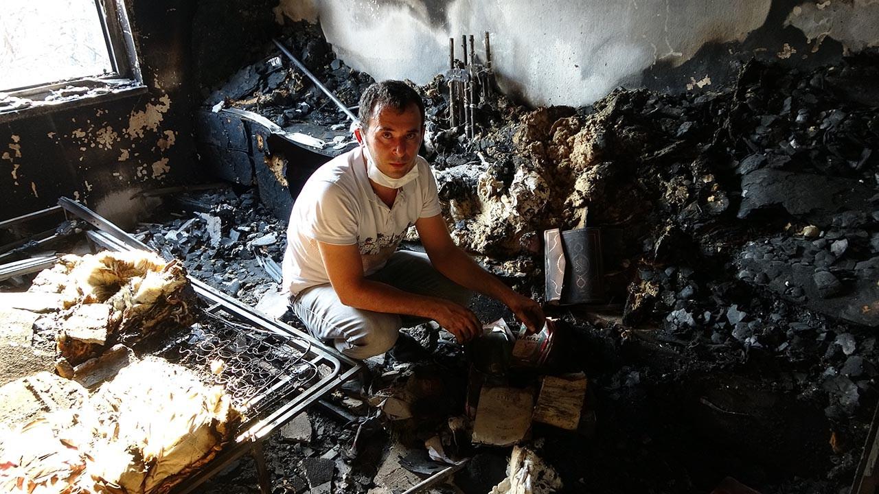 Yangında küle dönen evde bir tek Kur'an-ı Kerimler yanmadı