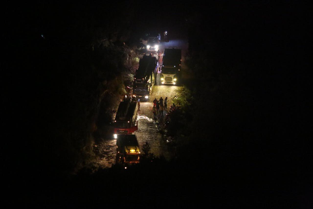 Orman yangınlarıyla mücadele sürüyor... Türkiye bu fotoğrafı konuşacak! - Resim: 1
