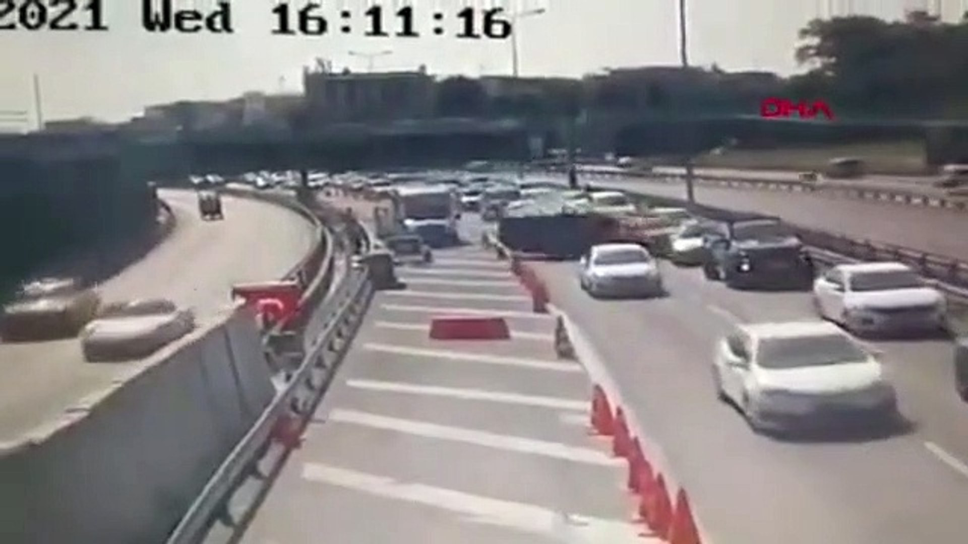 Avrasya Tüneli girişinde feci kaza