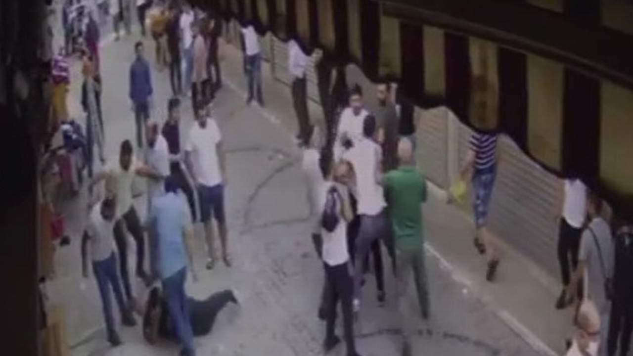 İstanbul'da esnaf ortalığı savaş alanına çevirdi