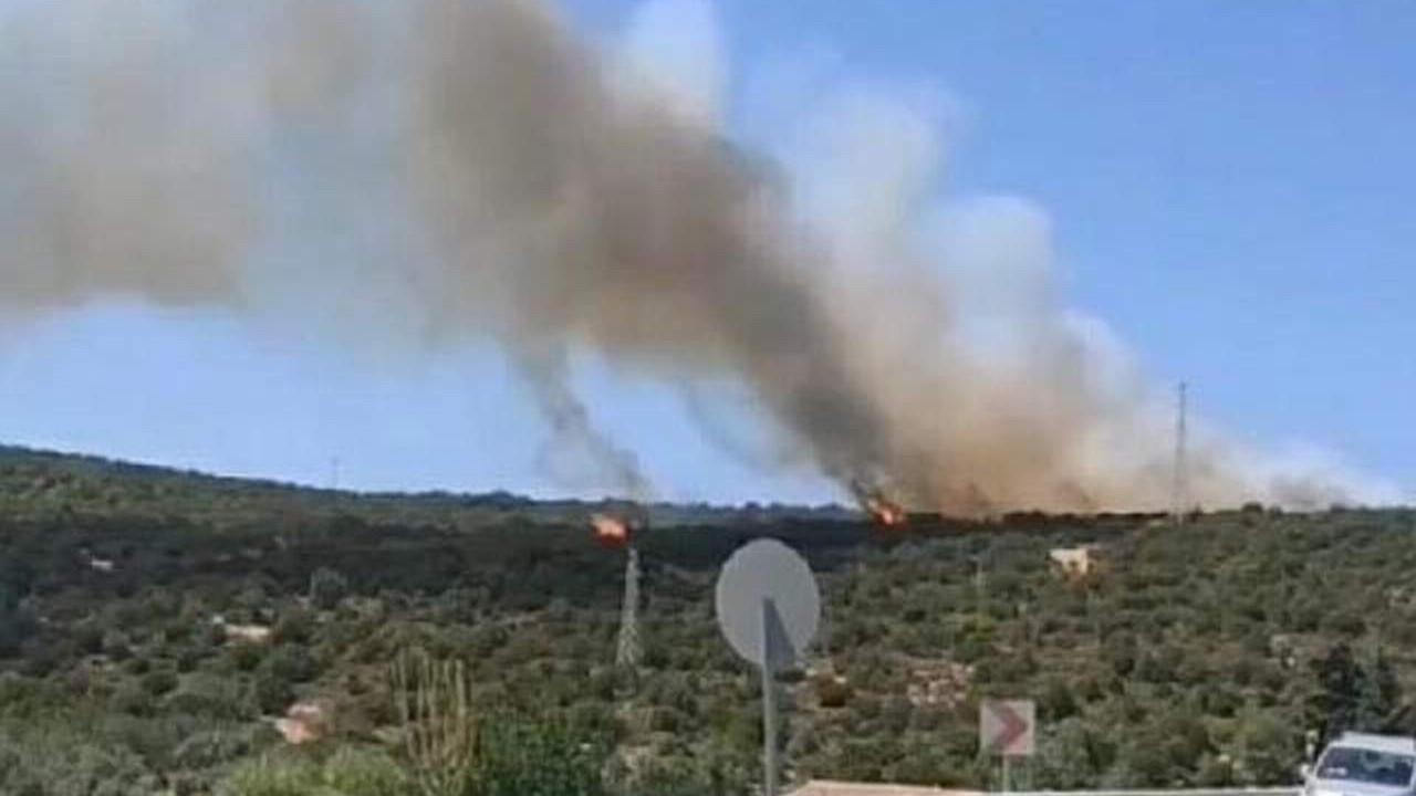 İzmir'de karaburunda yangın