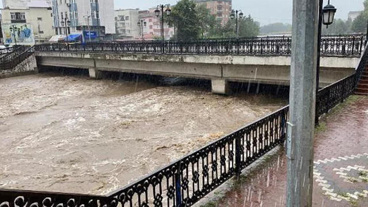 Samsun'da sel alarmı! Vatandaş anonsla uyarıldı