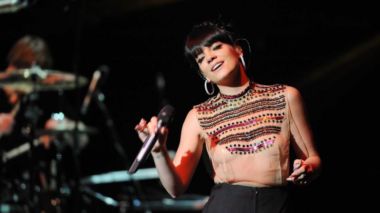 Ünlü şarkıcının +18'lik itirafı şoke etti: ''Çılgınca bir deneyimdi''