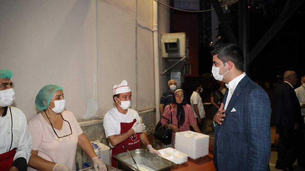 Başkan Gökhan Yüksel, Muharrem Ayı'nın ilk orucunu vatandaşlarla birlikte açtı