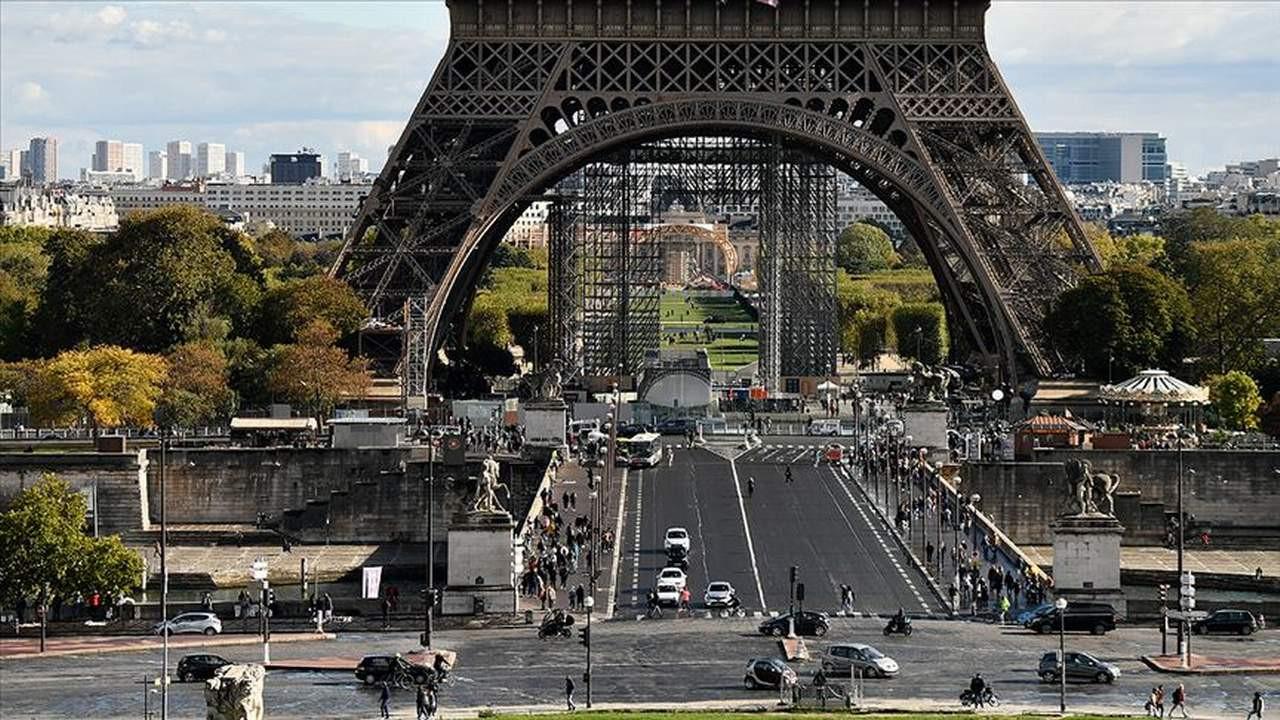 Fransa, Afgan göçmenlerin sınır dışı edilmesini durdurdu