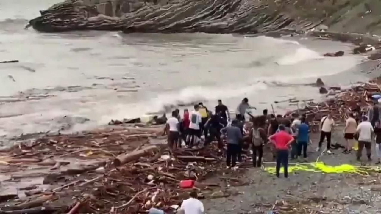 Kastamonu'nda korkunç manzara: Cansız bedenler kıyıya vurdu
