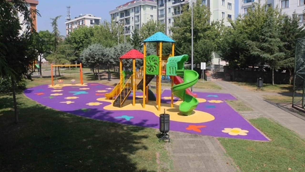 Kartal'da ''Parklar'' Yenilenen Görünümleriyle Kartallıların Hizmetinde