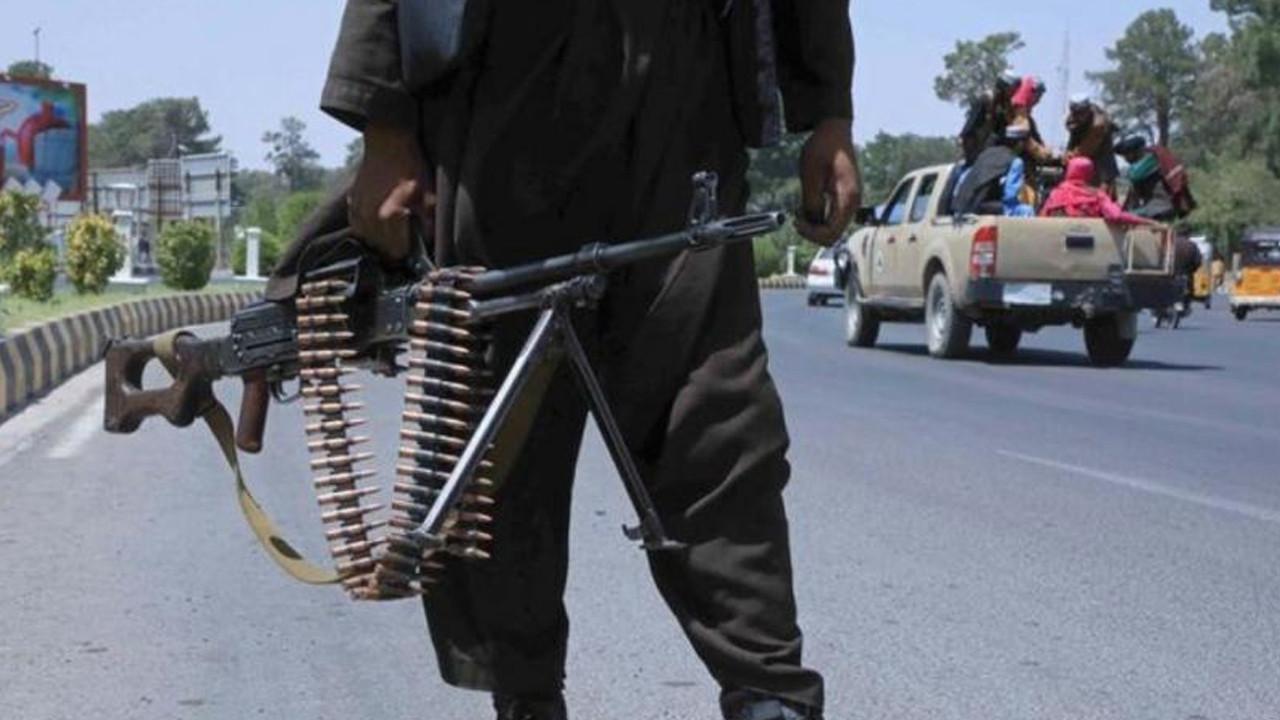 Taliban kadınların üniversiteye girişini yasakladı