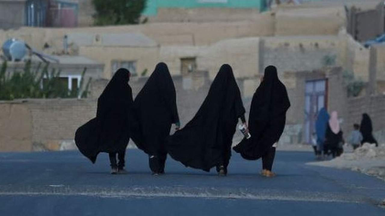 Taliban ''kadınlar evinden çıkmasın'' kararını böyle savundu