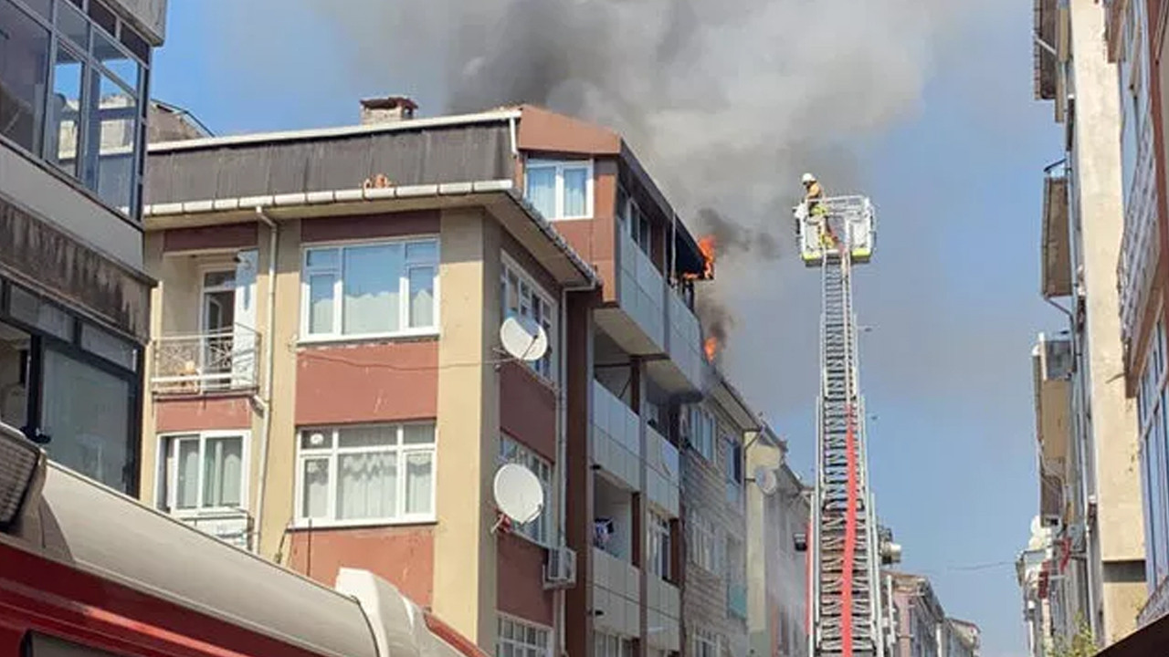 Üsküdar'da yangın: Alevler hızla yayıldı