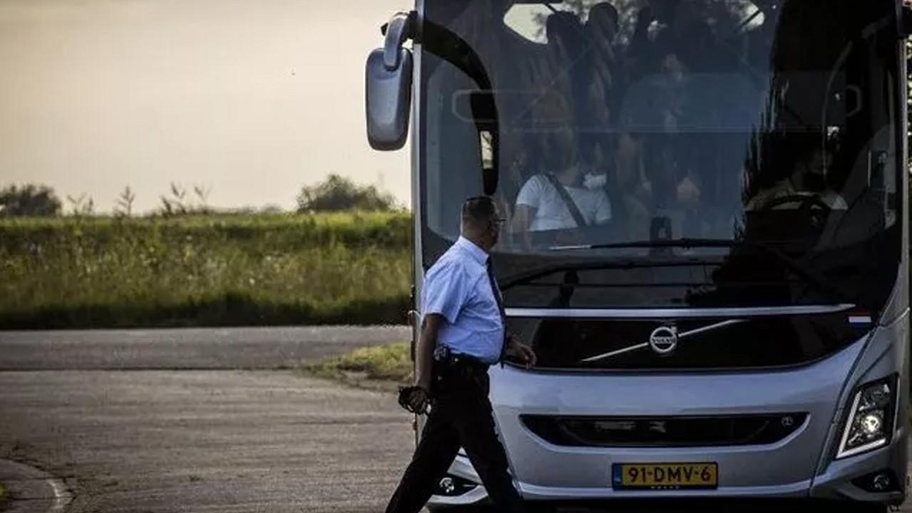 Hollanda'da Afgan sığınmacıları protesto gösterisi