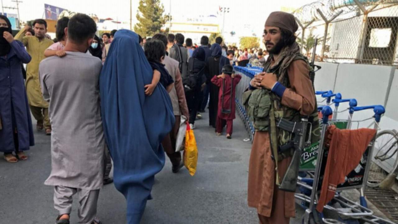 Taliban Afganistan'daki yeni yasakları açıkladı