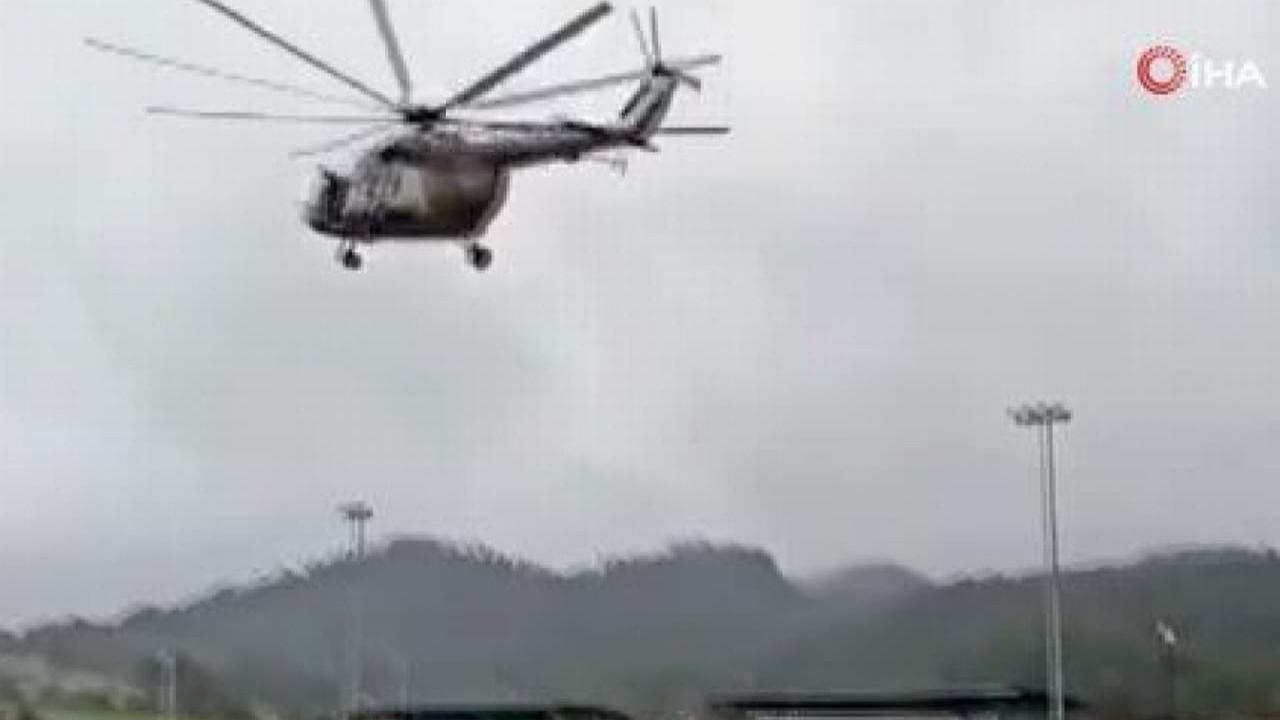 Donanmaya ait helikopter düştü! O anlar kamerada