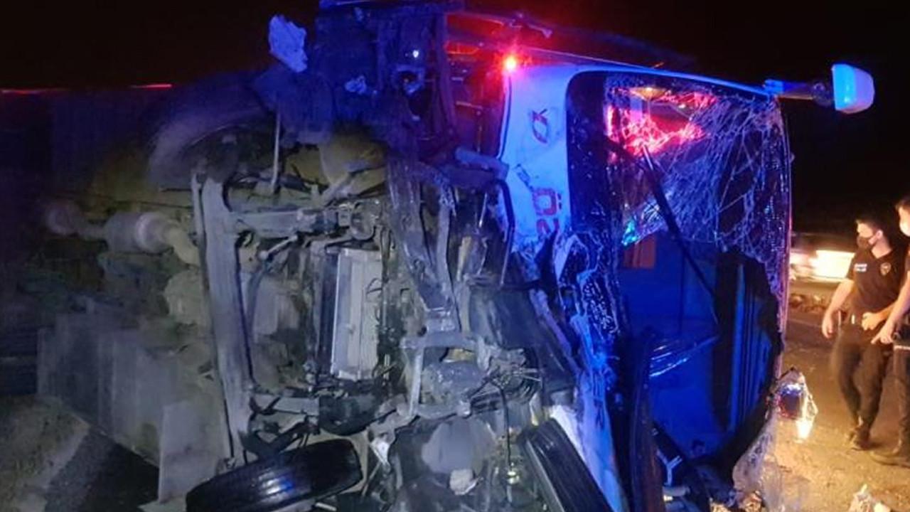 Yolcu minibüsü kazası: Çok sayıda ölü ve yaralı var