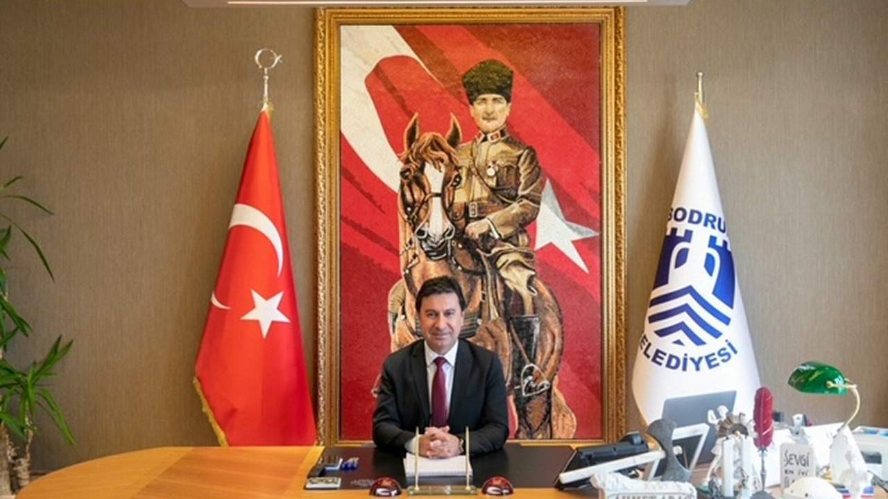 Bodrum Belediye Başkanı Ahmet Aras'tan 30 Ağustos Zafer Bayramı mesajı