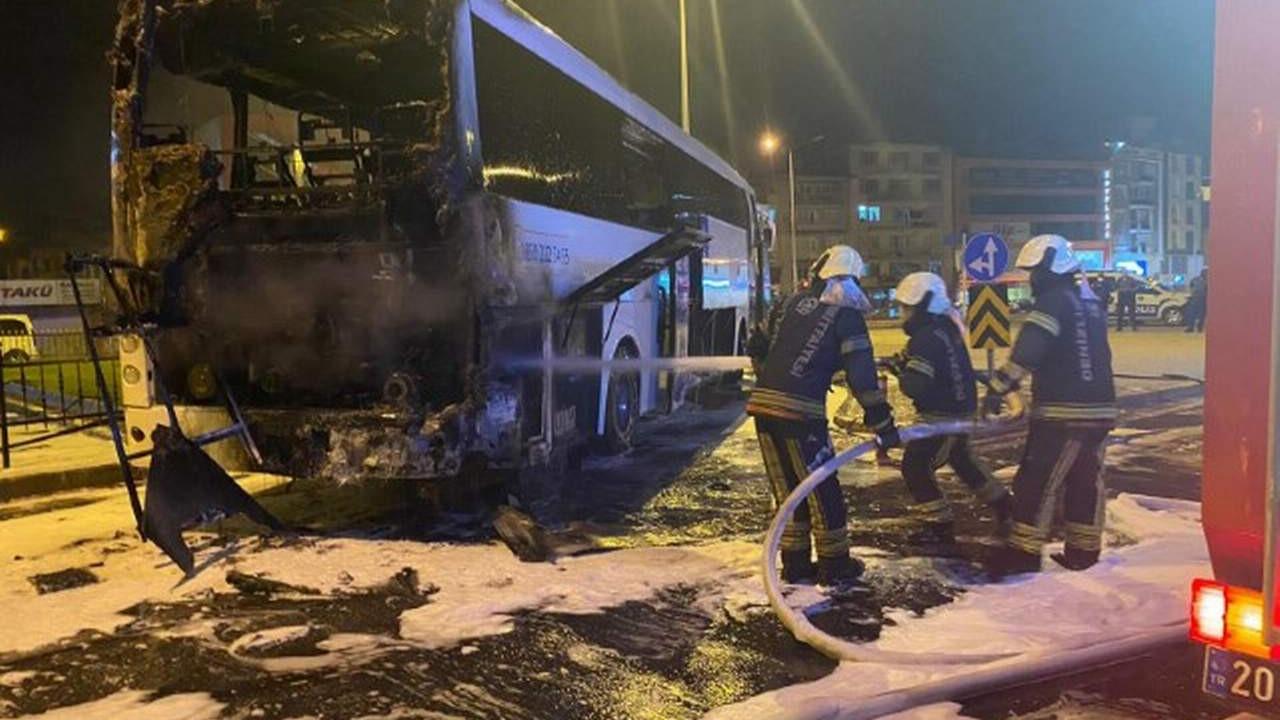 Metro Turizm'e ait yolcu otobüsü alev alev yandı