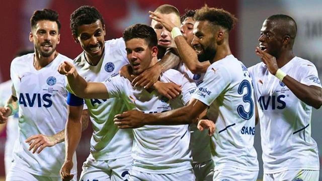 Fenerbahçe, deplasmanda Altay'ı 2-0 mağlup etti