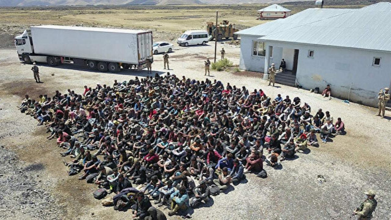 Kötü haberi Bakan verdi: ''Yeni bir göç dalgası pek muhtemel''