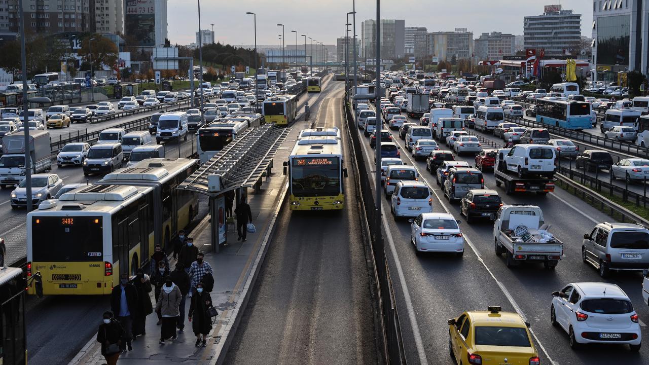 Cumhurbaşkanlığı'nda ''İstanbul içi hız sınırı 30 km'ye düşürülsün'' toplantısı