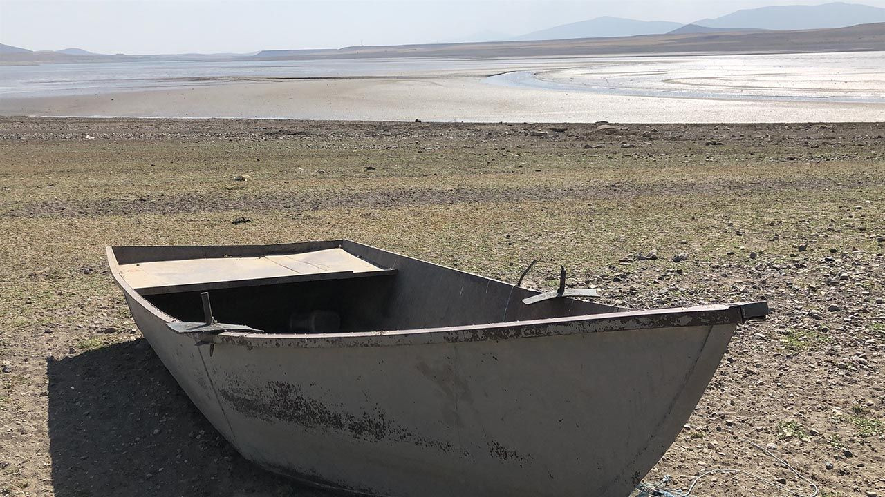 Bir baraj daha kurudu! Balıklar karaya vurdu - Resim: 3