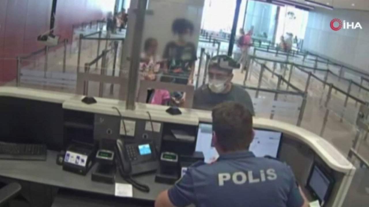 Aranan FETÖ'cü Türkiye'ye girerken yakalandı