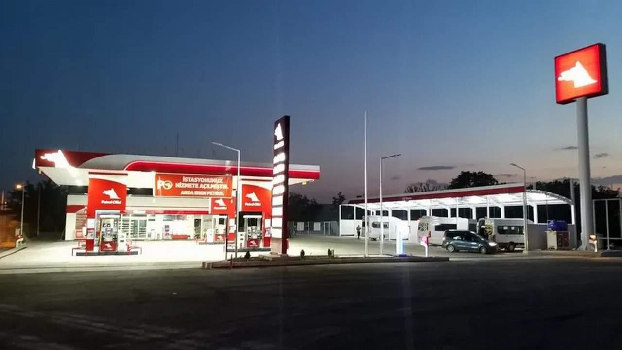 MHP'li isim, AK Patili ismi şikayet etti: ''Benzin istasyonu kaçak''