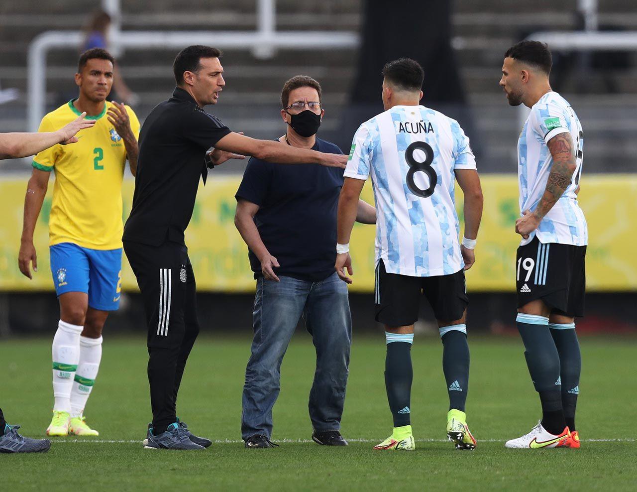 Brezilya-Arjantin maçında kaos! Maç yarıda kaldı - Resim: 2