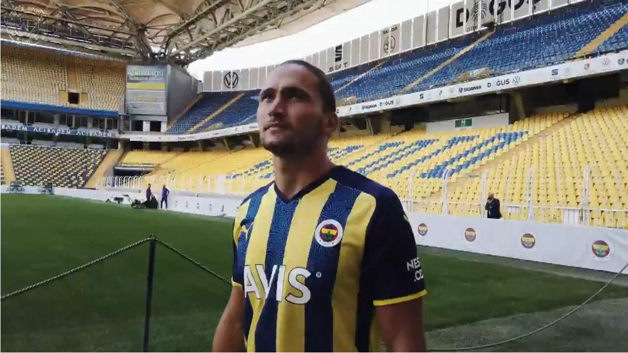 Fenerbahçe yeni transferini böyle duyurdu