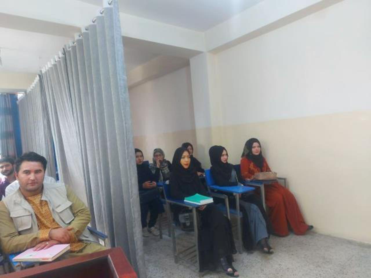 Taliban sonrası okullar böyle açıldı - Resim: 4