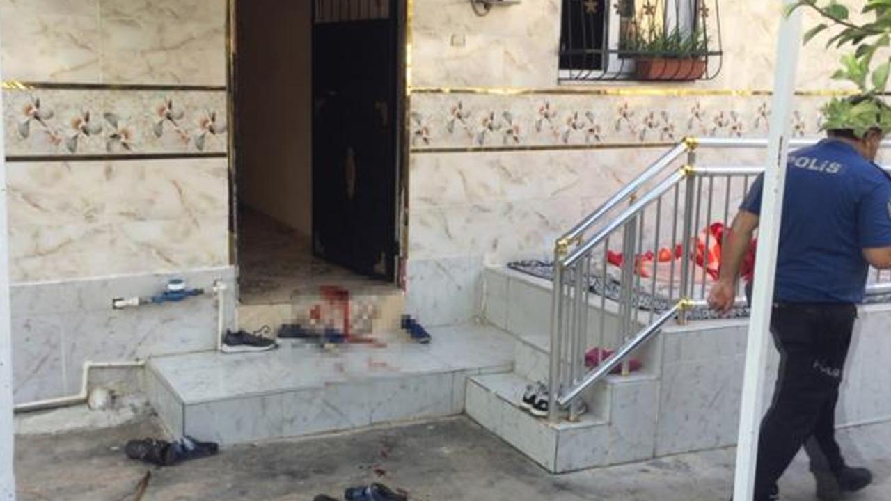 Adana'da baba-oğul kavgası kanlı bitti
