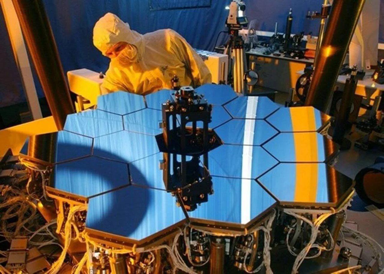 NASA, James Webb Uzay Teleskobu'nu fırlatmaya hazırlanıyor - Resim: 3