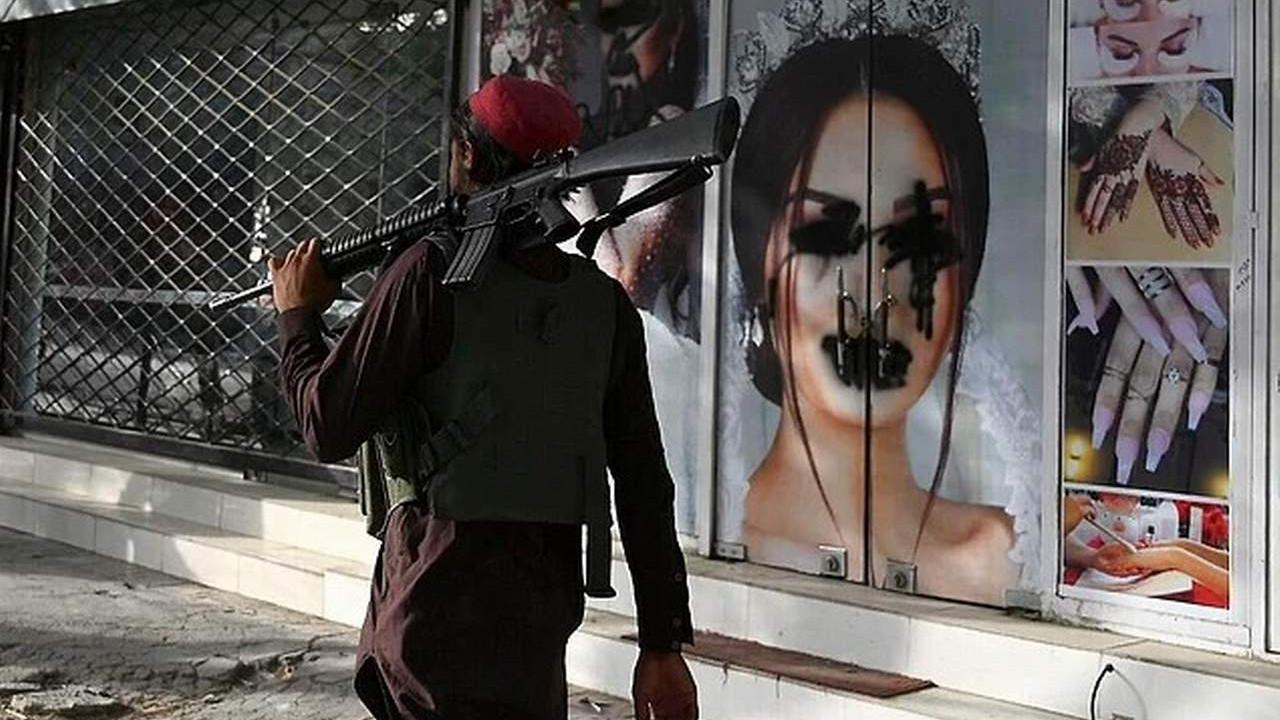 Taliban'dan kadınlara bir yasak daha