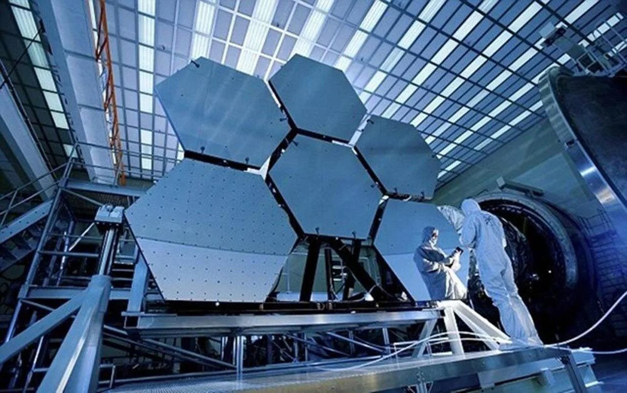 NASA, James Webb Uzay Teleskobu'nu fırlatmaya hazırlanıyor - Resim: 4