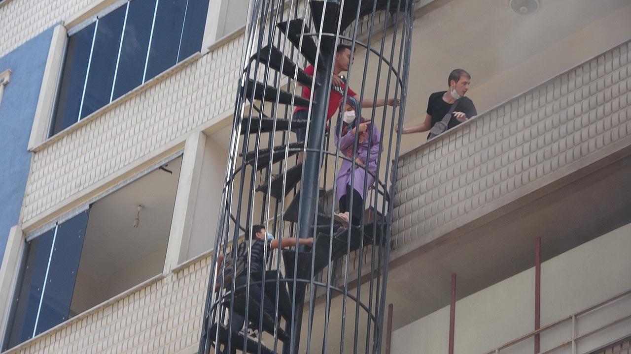 Kurs binasında yangın! Çocuklar hayatlarının kabusunu yaşadı